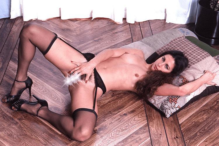 Frauenärsche haarige Körperbehaarung: Wie